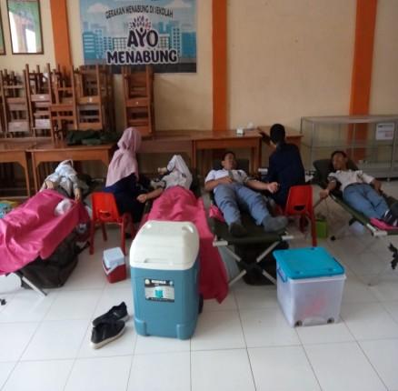 Donor Darah SMK Bhakti Praja Adiwerna